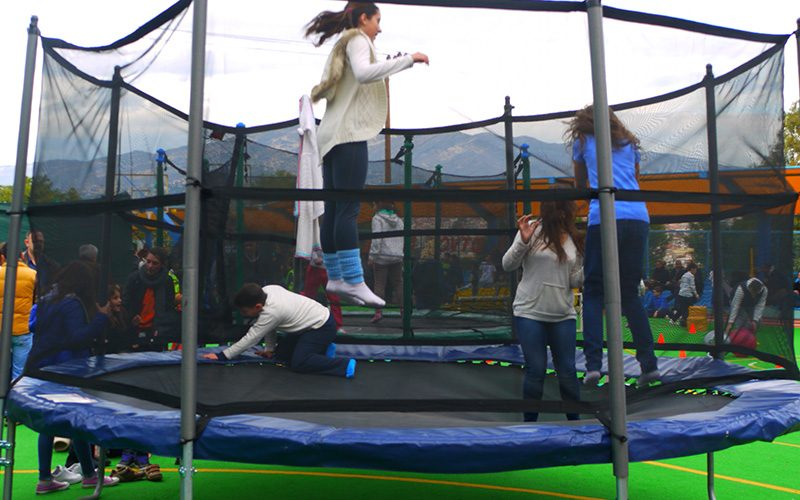 athlitiko-trampolino